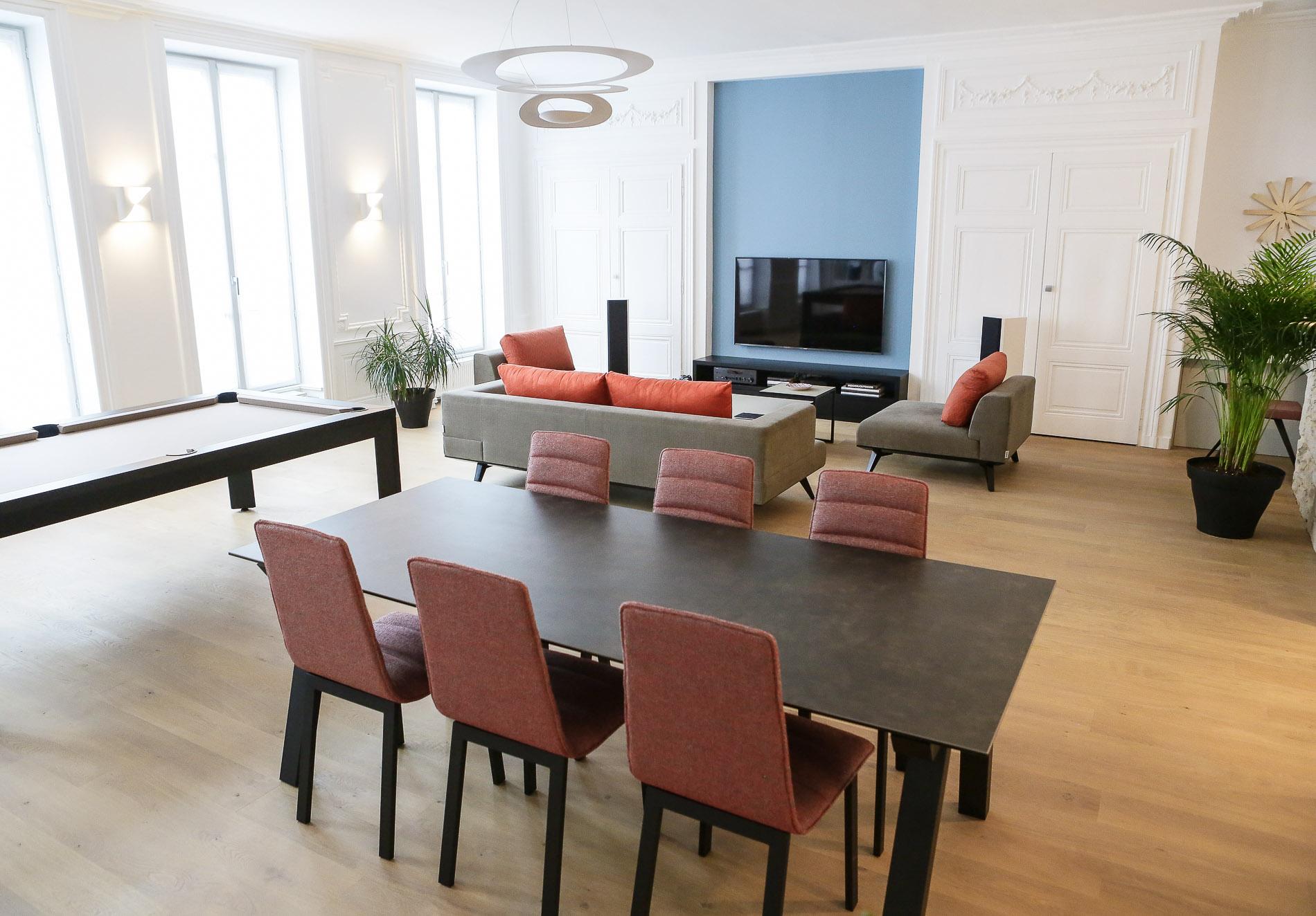d%C3%A9coratrice-dint%C3%A9rieurs-appartement-lyon-2-d%C3%A9coration-salle-%C3%A0-manger-salon-design-canap%C3%A9-meubles-sur-mesure-billard-luminaires-agence-myriam-wozniak-4 Frais De Meuble Salle A Manger Concept