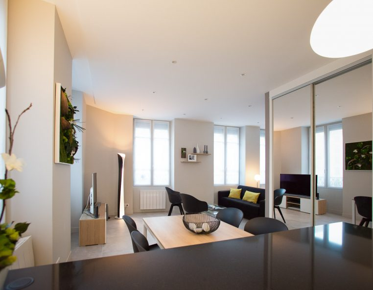 Decoration interieur appartement 2 pices good un studio - Decoration interieur appartement 2 pieces ...