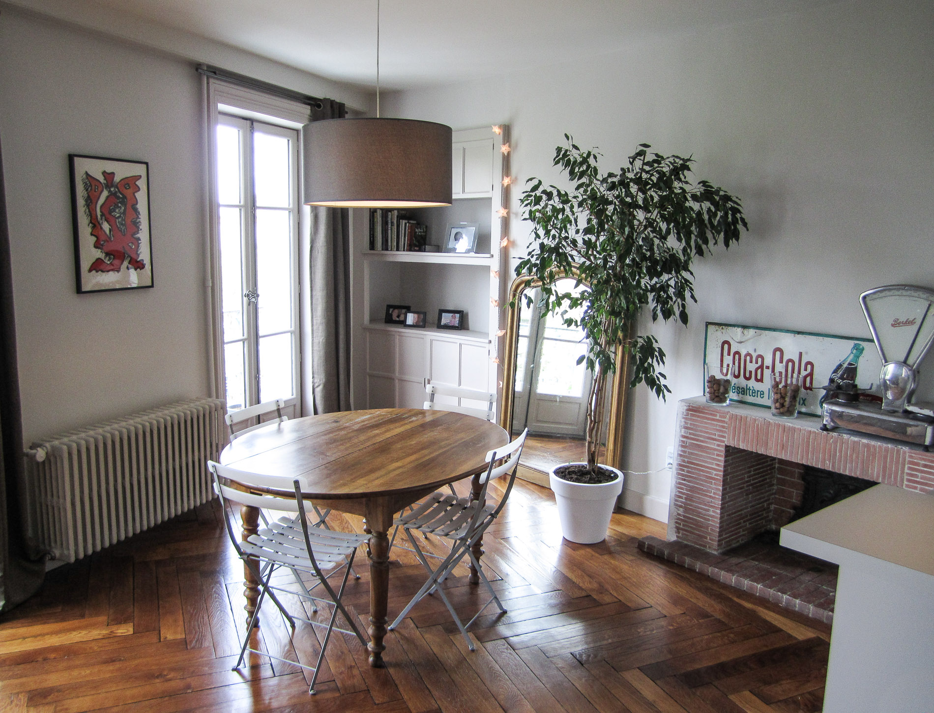 Awesome agencement intrieurs appartement ancien lyon cuisine moderne bar hotte dcorative parquet for Cuisine moderne ancien