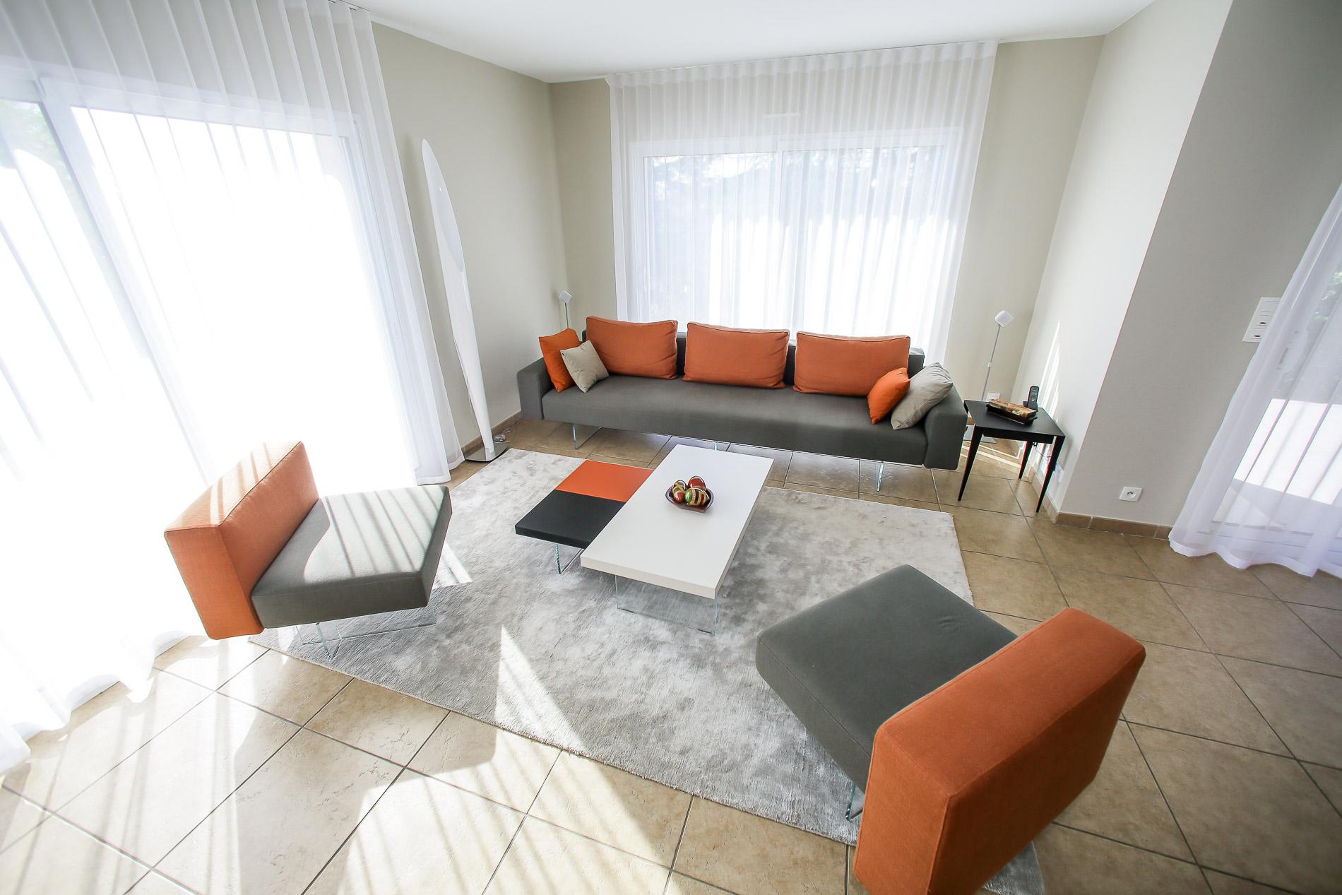 luminaire st etienne luminaire st etienne alinea luminaire cuisine alinea luminaire cuisine. Black Bedroom Furniture Sets. Home Design Ideas